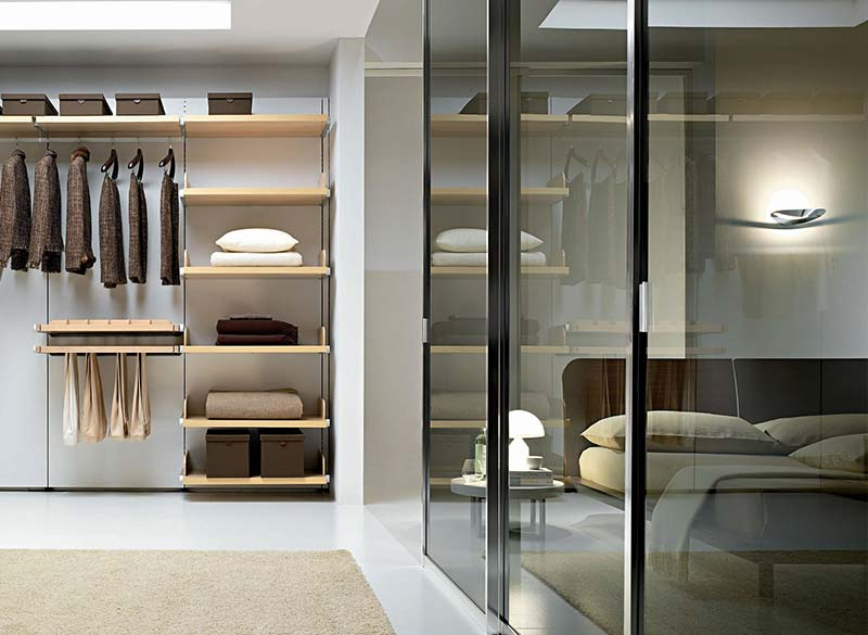 Cabina armadio con letto