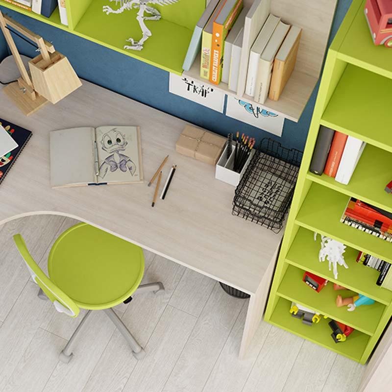 scrivania-seduta-mensole-cameretta-bambini